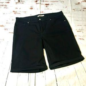 Levis Bermuda shorts